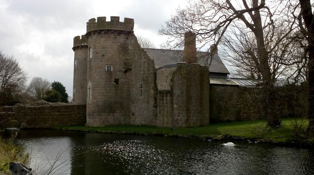 Whittingham Castle