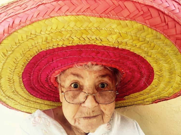 sombrero-1082322_1920