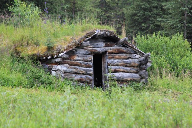 log-cabin-1377058_1920