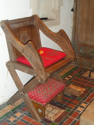 red chair 1
