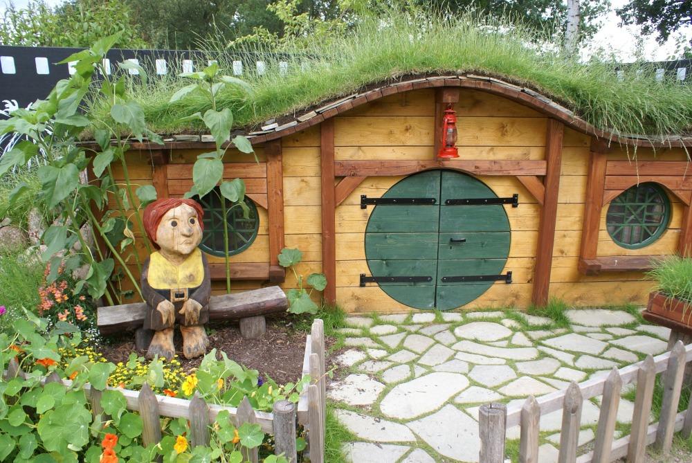 hobbit-331826_1920